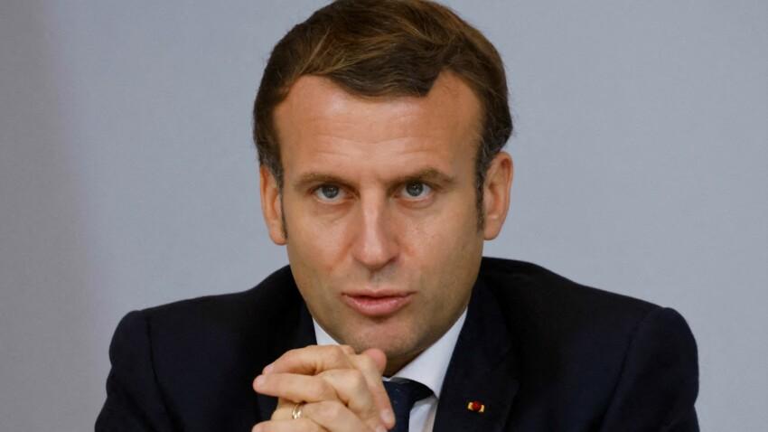 """Emmanuel Macron """"se prend pour le roi de France"""" : un ex-ministre le tacle sévèrement"""