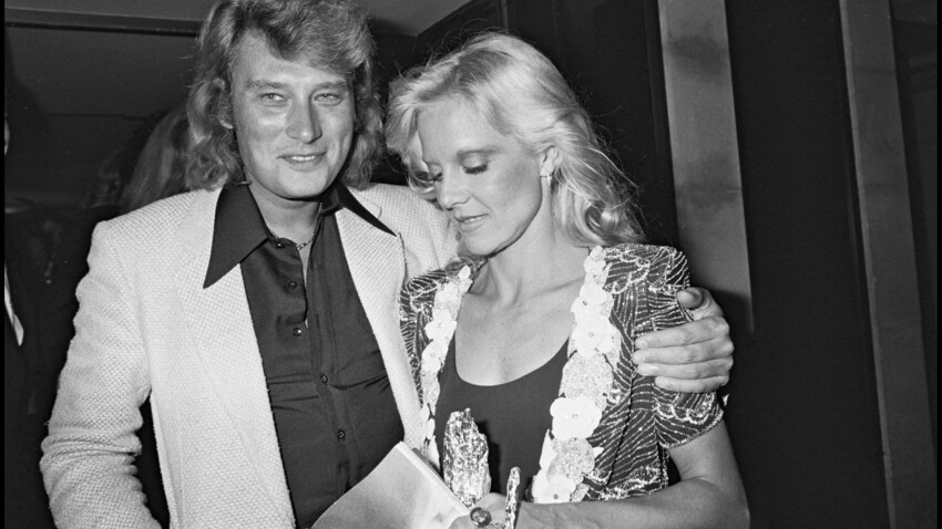 Sylvie Vartan : elle n'était pas dérangée par les infidélités de Johnny Hallyday