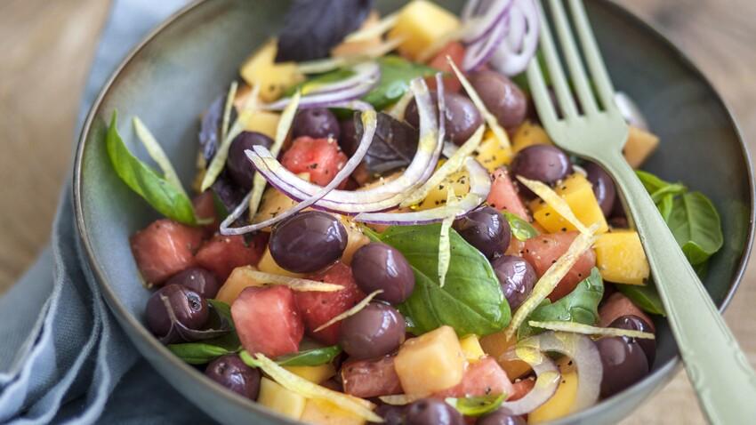 Salade de melon et pastèque aux olives et basilic