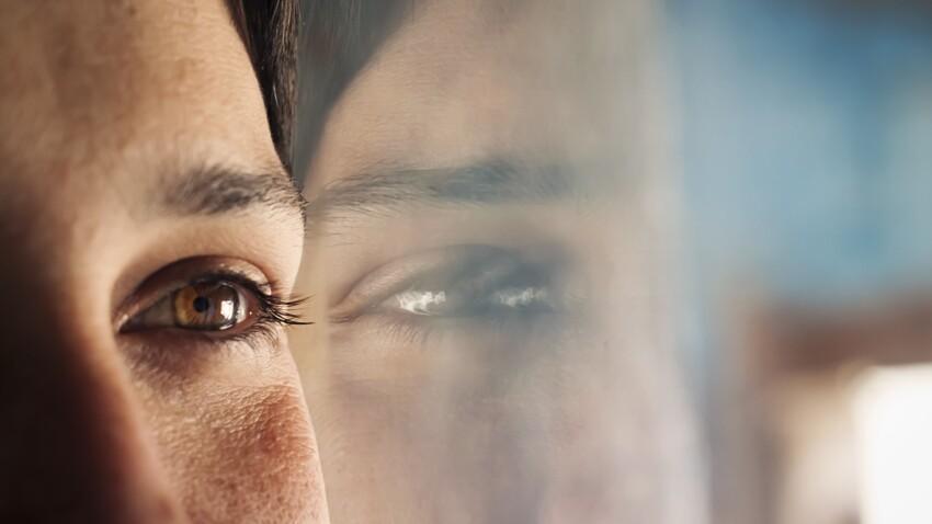 7 raisons pour lesquelles vos yeux peuvent gonfler (et comment y remédier)