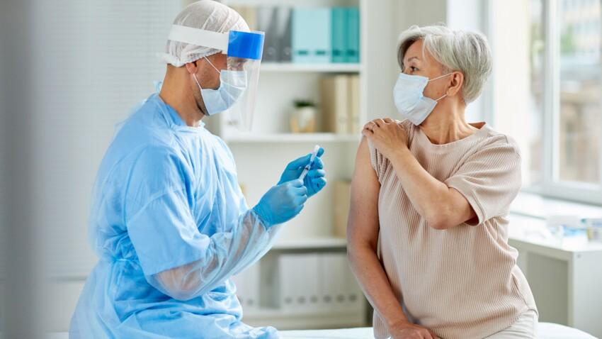 Covid-19 : pourquoi il faudra continuer à porter le masque quand le vaccin sera disponible