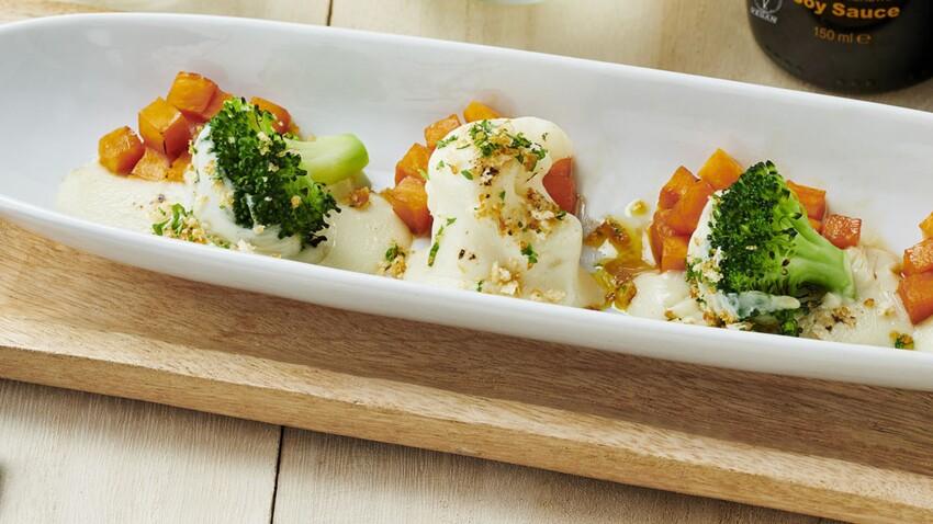 Gratin de brocoli, chou-fleur et potiron glacé au crumble croustillant à la sauce soja