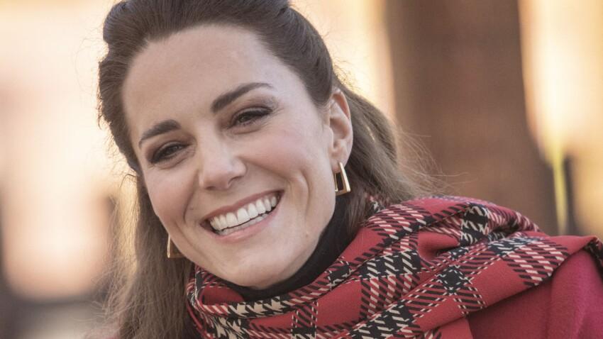 Kate Middleton ose une coiffure des années 90 (et c'est canon !)