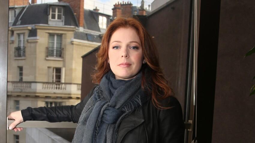 """Isabelle Boulay """"toujours sous escorte"""": la compagne d'Eric Dupond-Moretti chamboulée par son nouveau quotidien"""