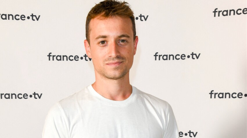 """Chats """"déchiquetés"""" : Hugo Clément dénonce la maltraitance au Puy du Fou où aura lieu """"Miss France 2021"""""""