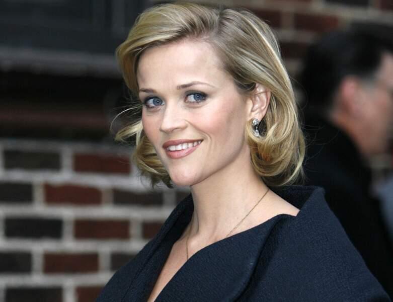 Le carré mi-long de Reese Witherspoon