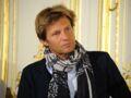 Vaccin Covid-19 : Laurent Delahousse s'insurge sur Twitter