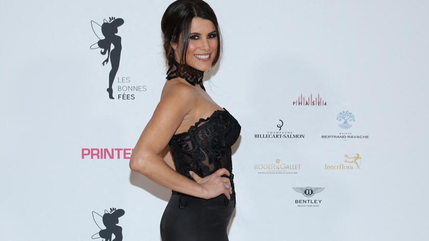 Karine Ferri en fausse fourrure, chemise transparente et pantalon de tigresse, elle est waouh !