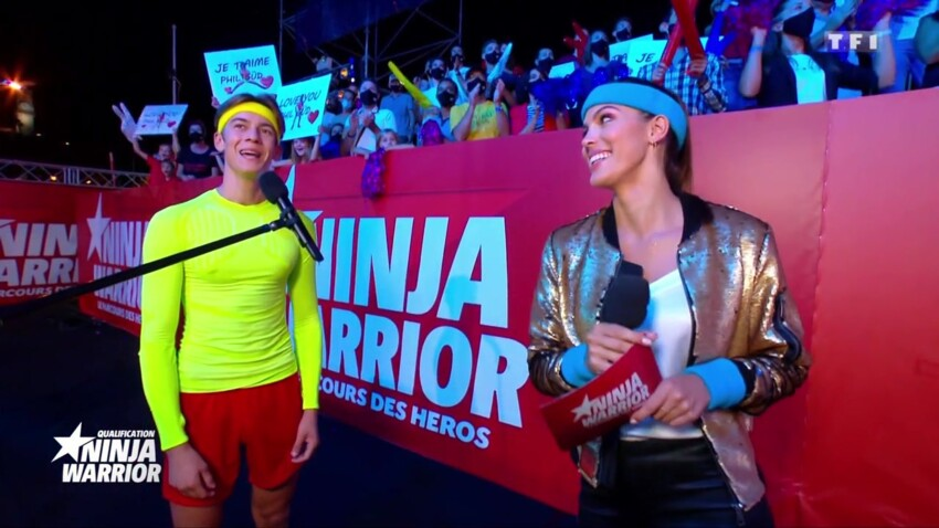 """""""Ninja Warrior"""" : Iris Mittenaere comparée à une plante verte par les téléspectateurs ? Christophe Beaugrand vient à son secours"""