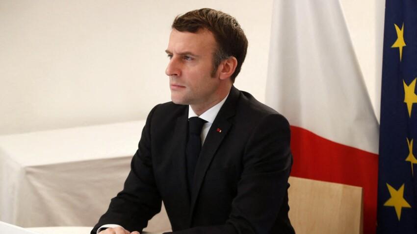 """Vaccination : """"Colère feinte"""", """"lâcheté""""... Emmanuel Macron raillé après son coup de gueule"""