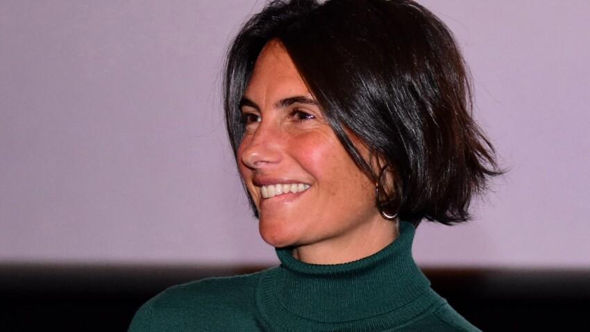 Alessandra Sublet canon et irrésistible en gilet court tendance et cuir (on adore !)