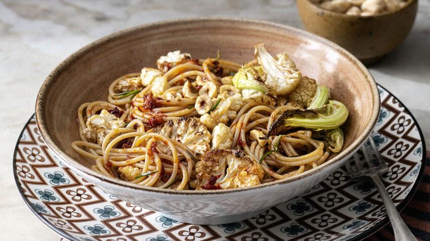 Spaghettis bruns au chou-fleur rôti