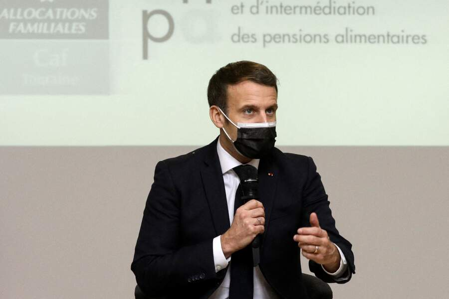 7 - Emmanuel Macron