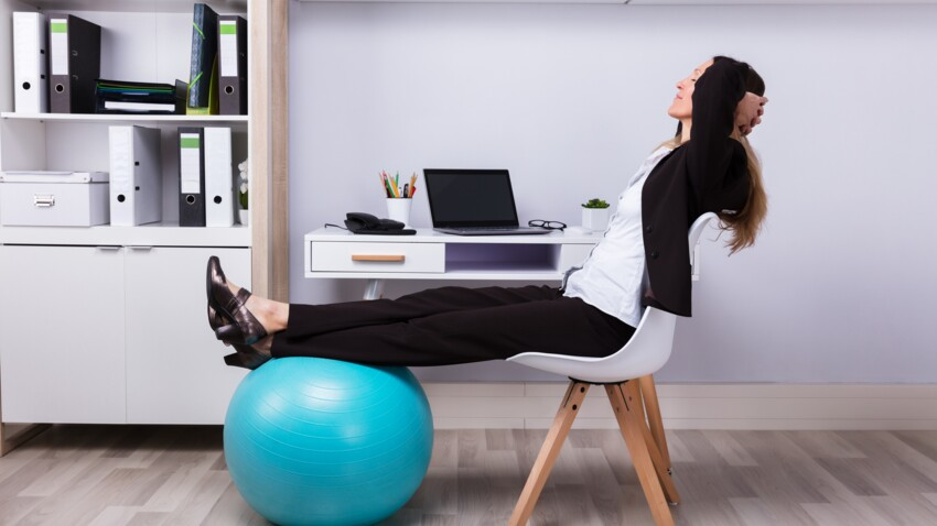 5 accessoires pour faire du sport devant la télé ou à son bureau