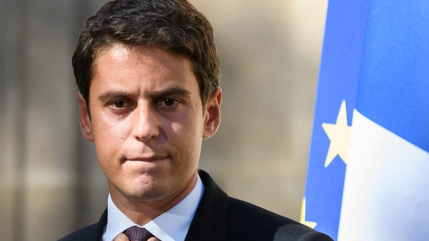 Gabriel Attal partage les insultes antisémites et homophobes qu'il reçoit et porte plainte