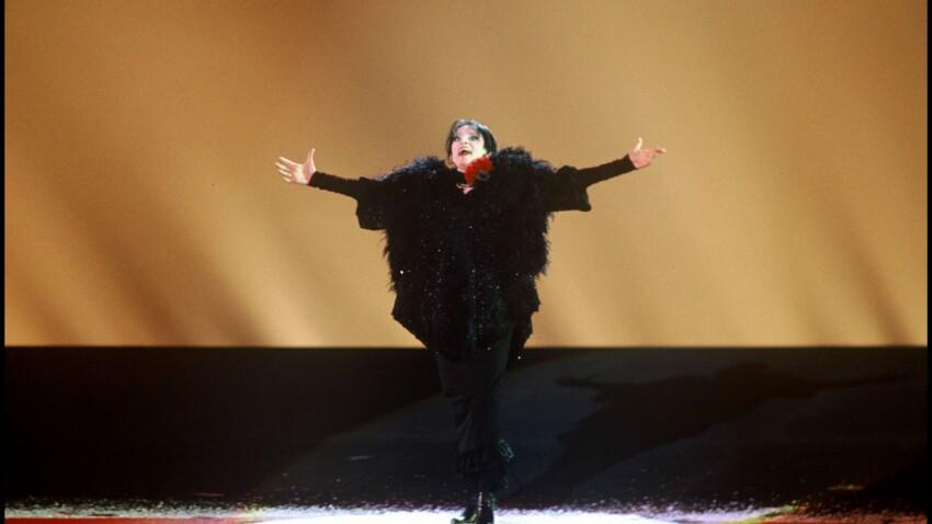 La chanteuse Barbara victime d'inceste : comment sa vie a basculé