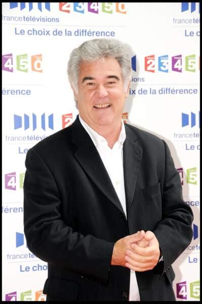 Georges Pernoud est mort le dimanche 10 janvier 2021, à l'âge de 73 ans, des suites d'une longue maladie.