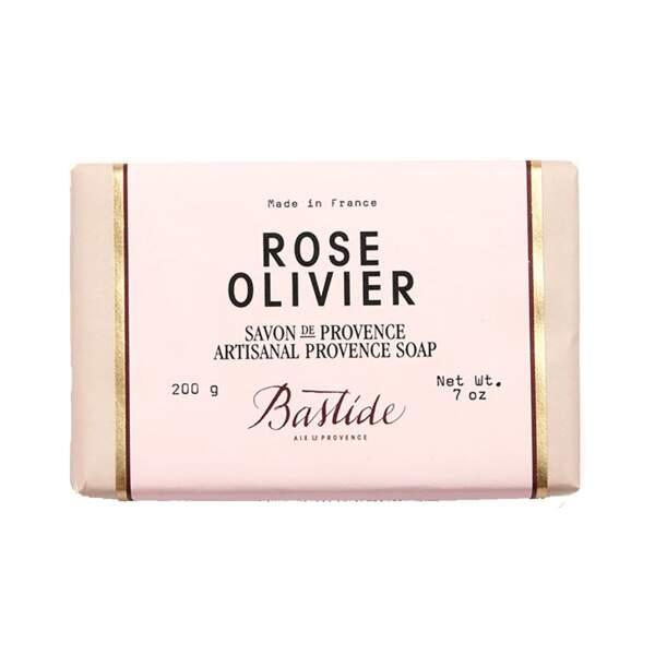 Rose Olivier - Savon de Provence, Bastide, pain 50 g / 200 g, prix indicatif : 7 € / 18 €