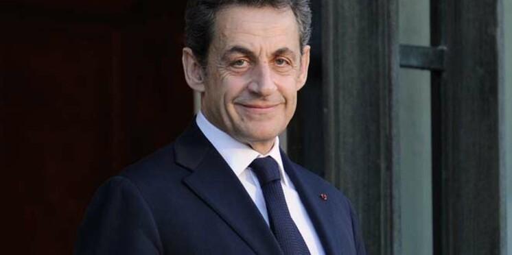 """Nicolas Sarkozy, candidat avec le slogan """"La France forte""""."""