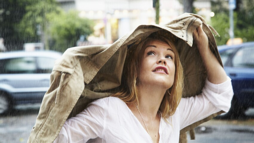 4 astuces pour faire tenir son maquillage quand il pleut