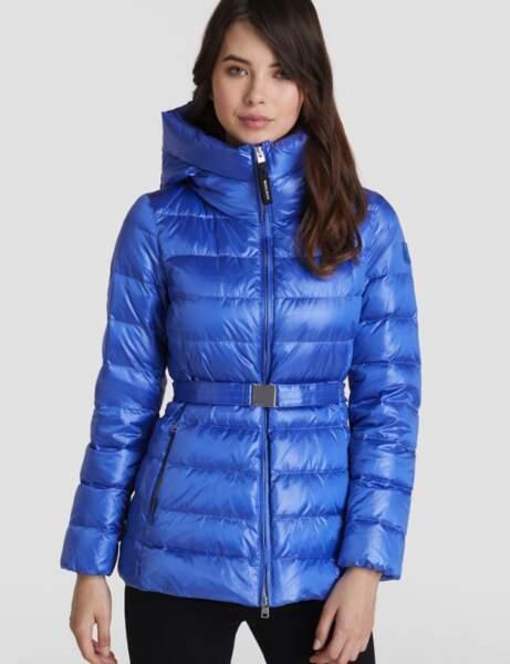 Trendy şişme ceket: kuşaklı