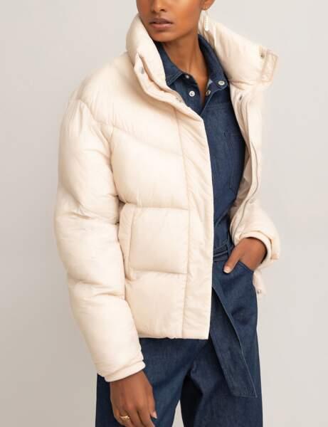 Trendy şişme ceket: çıplak