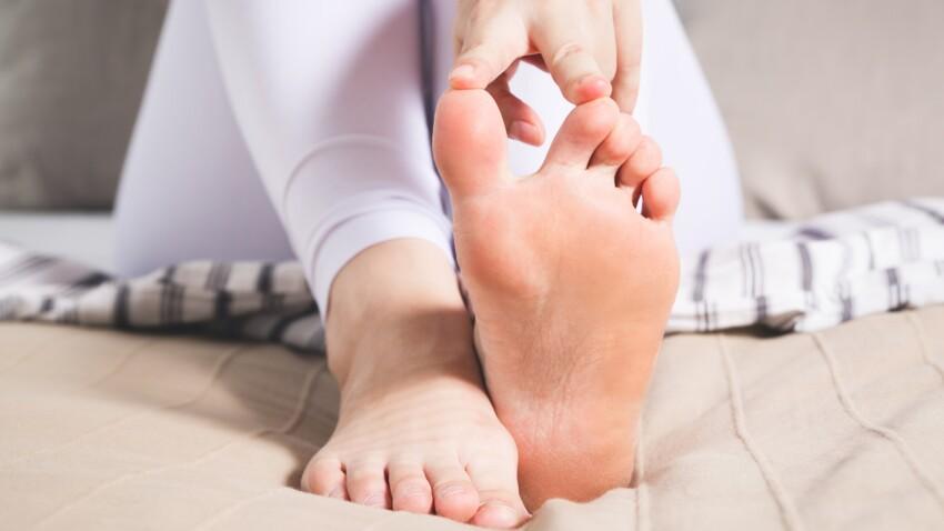 Crise de goutte: 6 conseils pour la soulager sans médicaments