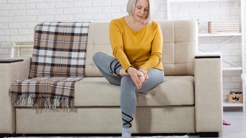 Mal aux pieds : 9 astuces et remèdes de grand-mère pour les soulager