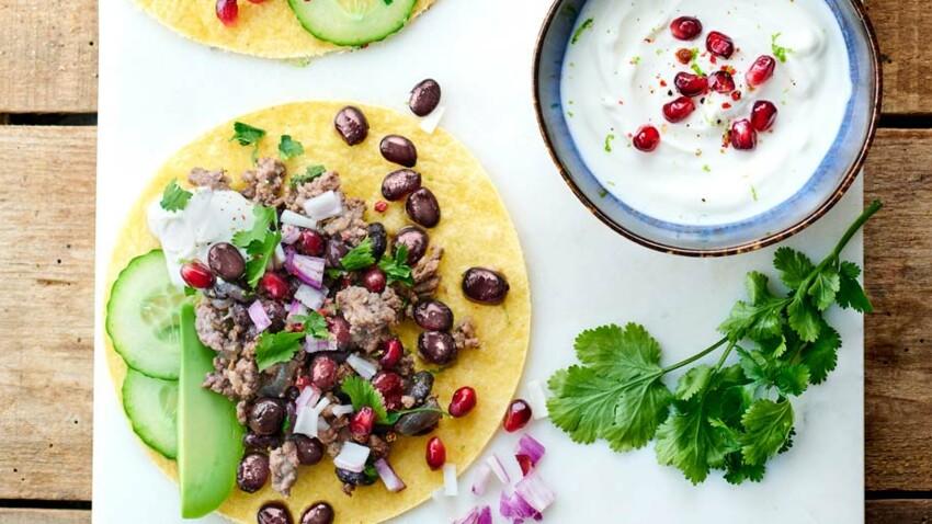 Tacos d'agneau haché aux haricots noirs et au cumin