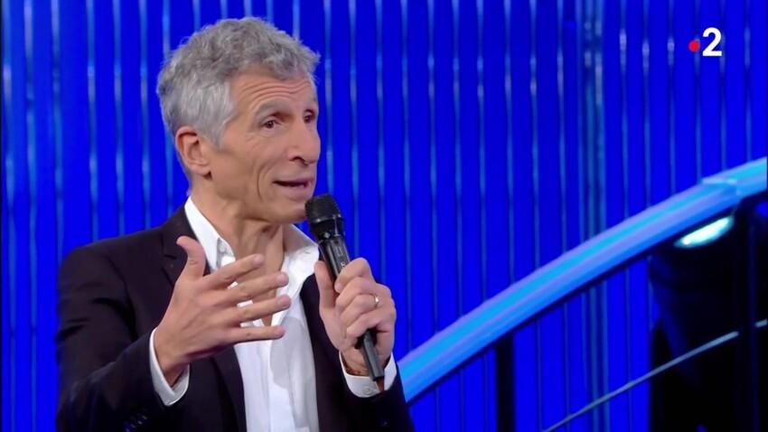 """Nagui se moque de la passion d'une candidate dans """"N'oubliez pas les paroles"""""""