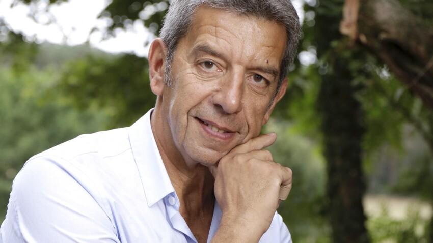 """""""Antidote"""" : qui est Fabien Olicard, le binôme de Michel Cymes dans sa nouvelle émission ?"""