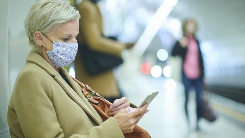 Covid-19 : faut-il éviter de parler ou téléphoner dans les transports ?