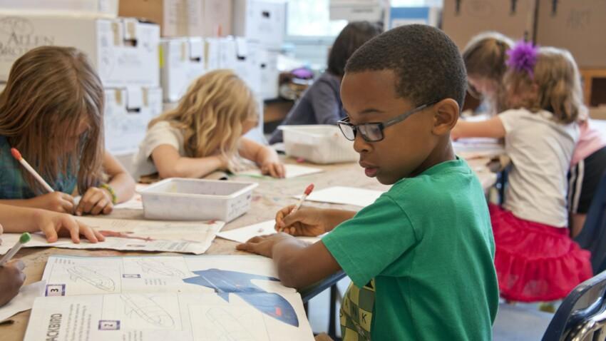3e confinement : les pédiatres alertent contre les risques en cas de fermeture des écoles