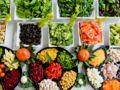 Prise de poids : Michel Cymes révèle les aliments à privilégier pour se rassasier sans grossir