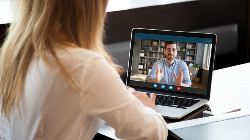 Pourquoi il faudrait éteindre sa caméra pendant les réunions en visioconférence