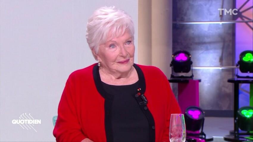 Line Renaud : ces lettres d'insultes honteuses qu'elle a reçues
