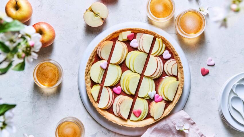 Tarte aux pommes crues et pralines roses