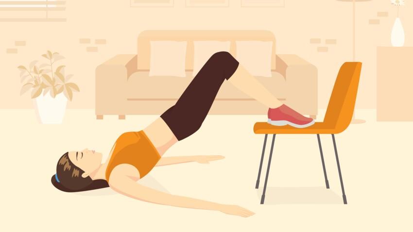5 exercices pour se muscler avec une chaise après 50 ans