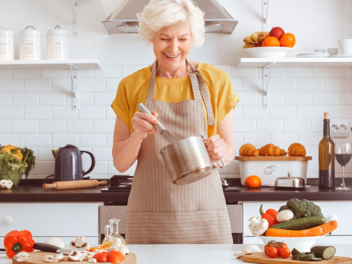 12 astuces de grand mère à connaître absolument en cuisine  Femme ...