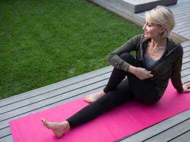 Ménopause : des postures de yoga et exercices pour mieux vivre cette période