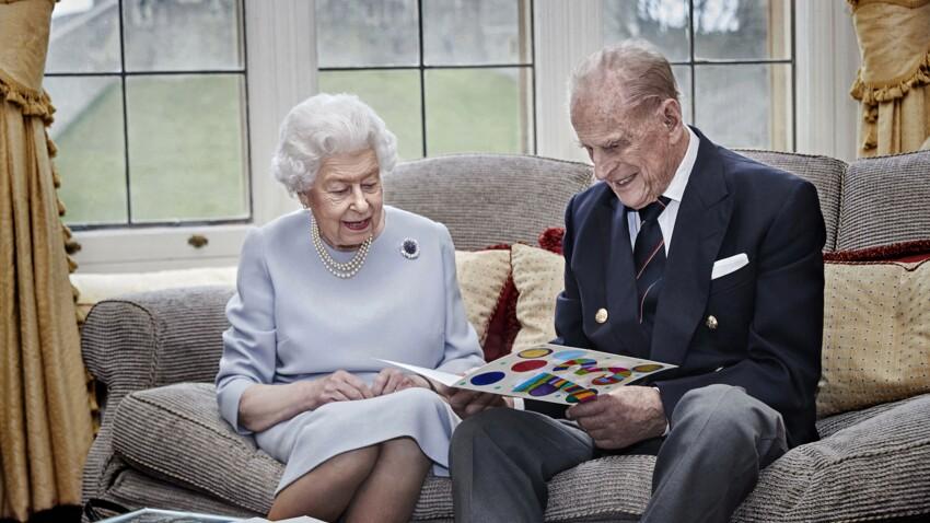 Elizabeth II : éloignée du prince Philip depuis son opération du coeur, elle lui adresse un petit message
