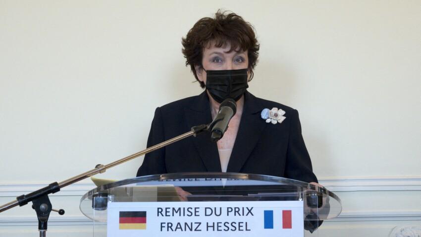 """Roselyne Bachelot testée positive à la Covid-19 """"à la suite de symptômes respiratoires"""""""