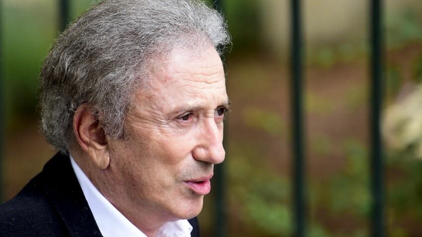 """Michel Drucker réagit à l'affaire PPDA : """"Ça doit être très dur pour lui"""""""