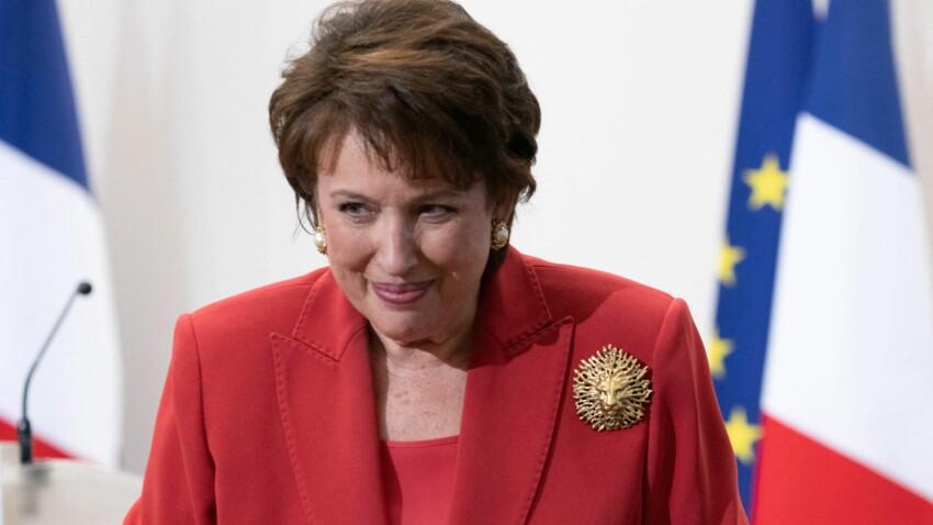"""Roselyne Bachelot hospitalisée : """"C'est une situation difficile"""", rapporte un ministre"""