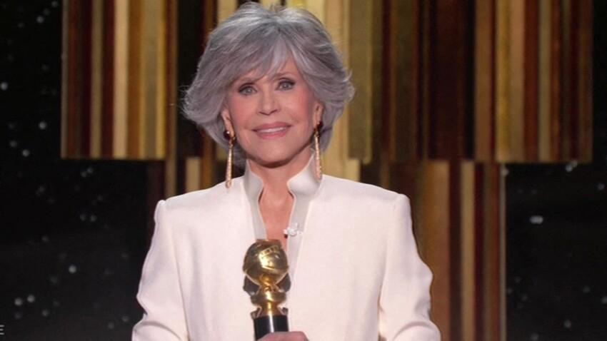 Jane Fonda renversante : à 83 ans, elle pose en robe décolletée jusqu'au nombril !