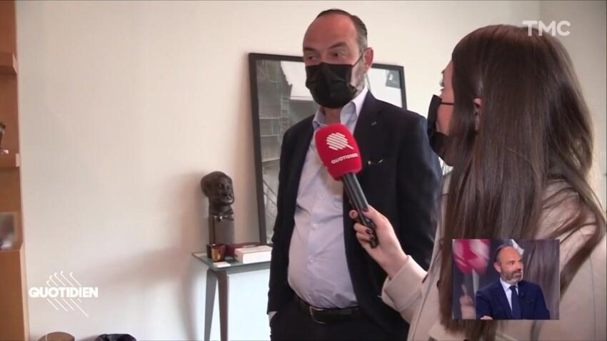 Édouard Philippe explique pourquoi il n'a pas de portrait d'Emmanuel Macron dans son bureau