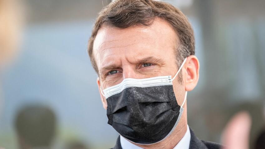 PHOTO - Emmanuel Macron apporte son soutien aux enseignants sur Instagram, les internautes pointent un détail du doigt