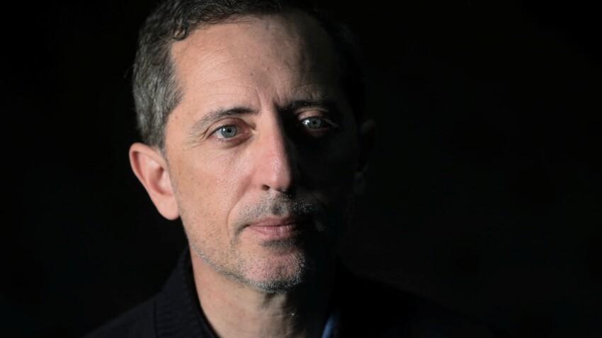 """Gad Elmaleh accusé de plagiat : il dénonce ces animateurs et humoristes qui l'ont """"lâché"""""""