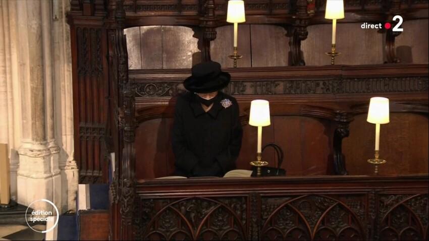 Obsèques du prince Philip : cette image terrible de la reine Elizabeth II qui a beaucoup ému les internautes