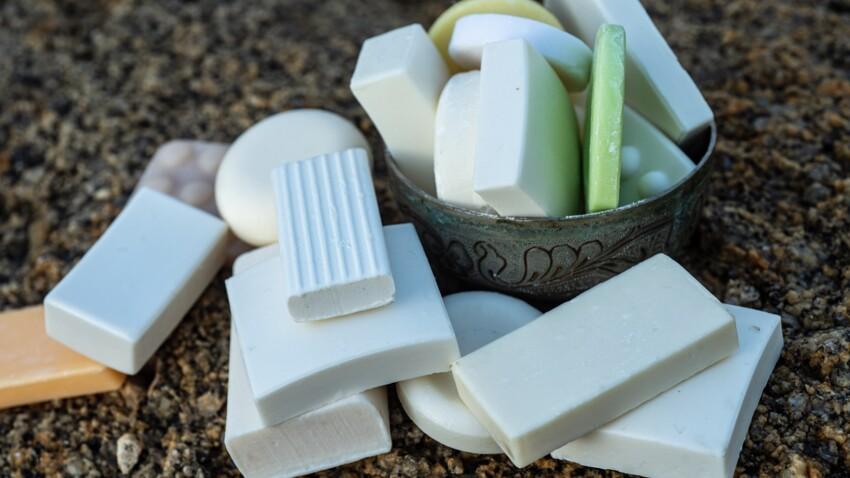 Peut-on vraiment se laver les cheveux avec du savon de Castille ?